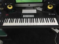 Novation Launchkey 61 MIDI Controller with box