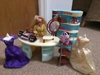 Barbie beauty studio (cash only)