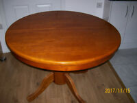Round Extendable Dining Table & 6 matching chairs