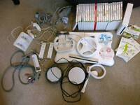Wii Fit Bundle, 26 games, all controllers