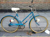 vintage Raleigh traveller 3 speed bike