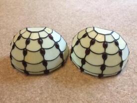 Two traditional Tiffany glass panel design wall lights