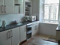4 double bed HMO flat in Bruntfield for Sept lease