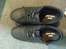 Brand new Trojan Apollo safety shoes