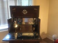Old Charm Cocktail Cabinet