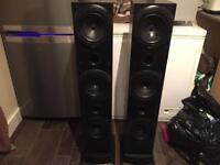 kef Q700 floorstanding loudspeaker