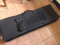 Large Stagg KTC-150 Stage Piano Keyboard Soft Case Gig Bag Wheels Handle Foam RRP £130