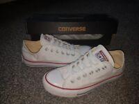 Genuine converse size 5 like new