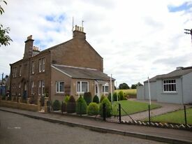 Spacious 2 bedroom flat, Meigle, near Dundee , Offers over £95,000