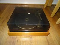 VINTAGE 1970'S RANK ROTEL PROFESSIONAL SERIES RECORD PLAYER , NICE WOODEN PLINTH , WORKS WELL