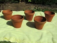 Set of 5 Terracotta Pots - 23cm Diameter