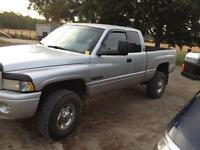 2002 Dodge Power Ram 2500 Sport Pick up