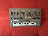 ROLAND MC202 with original box!