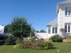 320 000$ - Maison 2 étages à vendre à Roberval Lac-Saint-Jean Saguenay-Lac-Saint-Jean image 2