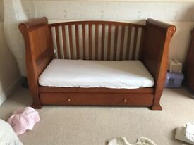 Beautiful sleigh cot bed excellent condition like new