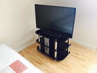 TV table (Glass)