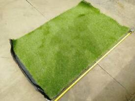 Artificial turf off cuts