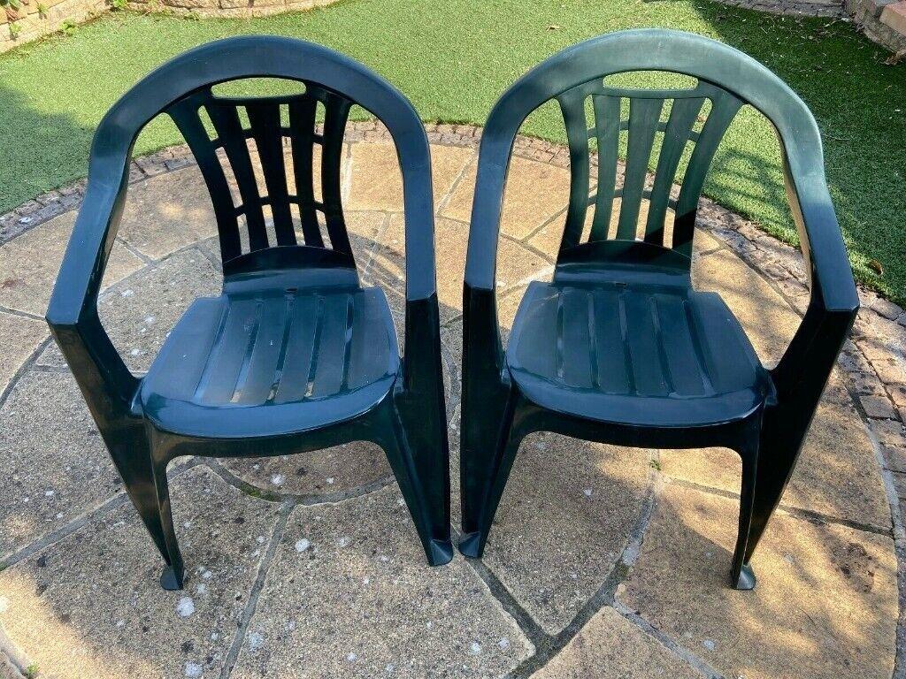 2 garden outdoor plastic GREEN CHAIRS stackable waterproof ...