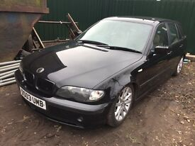 BMW 3 series e46 black touring breaking for parts / spares