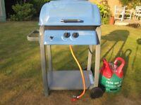 """Indiana"" 2 Burner Gas Barbecue (plus Calor Gas Cylinder)"
