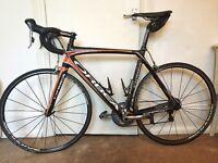 Carbon Bike Orbea Orca, Fizik Arione Saddle, LOOK carbon leaf pedals.