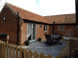 Short Term Rental one or two bed barn available now Norwich Norfolk FF / inc all bills