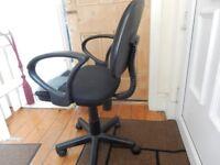 CAN DELIVER Office Desk Black Gas Lift Adjustable Computer Chair Swivel Student Armrests