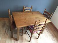 Extendable Dining table and 4 dining chairs