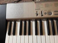 Casio LK-130 key lighting keyboard