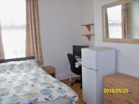 Well Presented Double Room for Single Professional All Bills & Council Tax included SE136HN ZONE 2/3