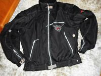 motor cycle jacket with armour zip off sleeves