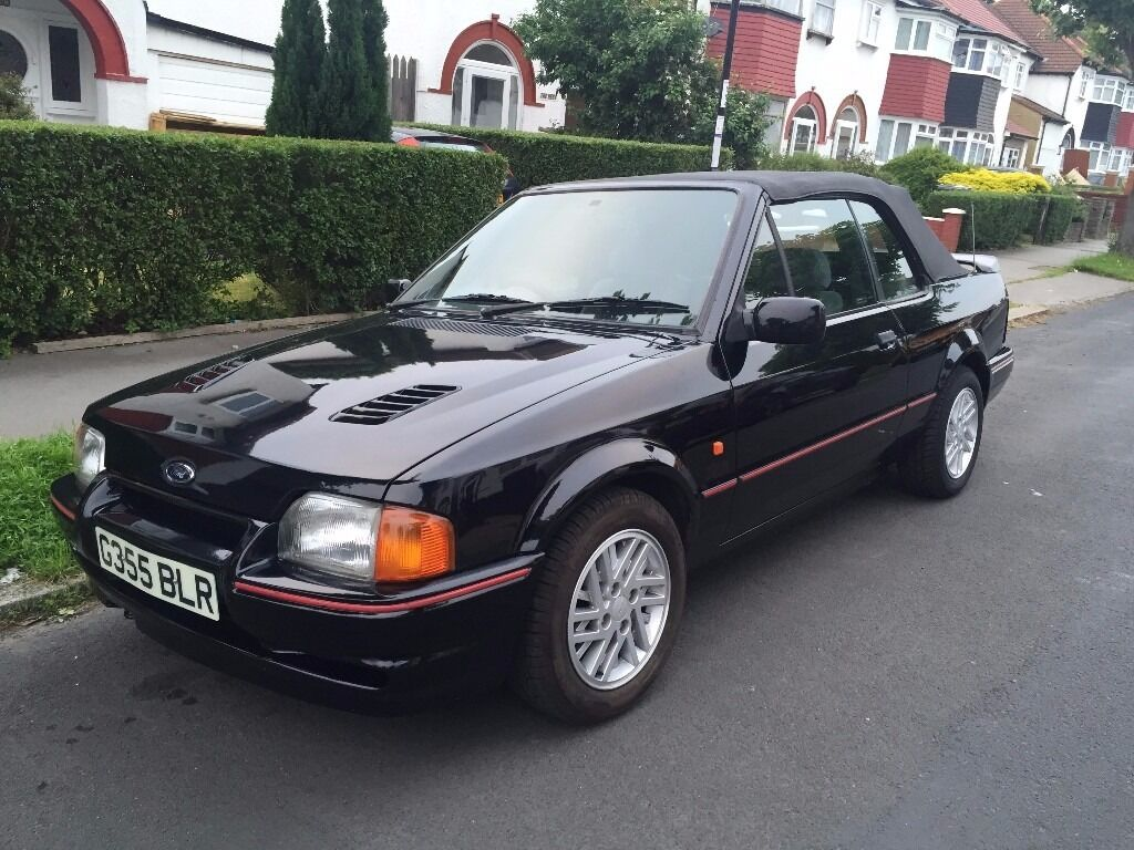 ford escort xr3i black cabriolet huge history rs cosworth turbo kit investment bargain in. Black Bedroom Furniture Sets. Home Design Ideas