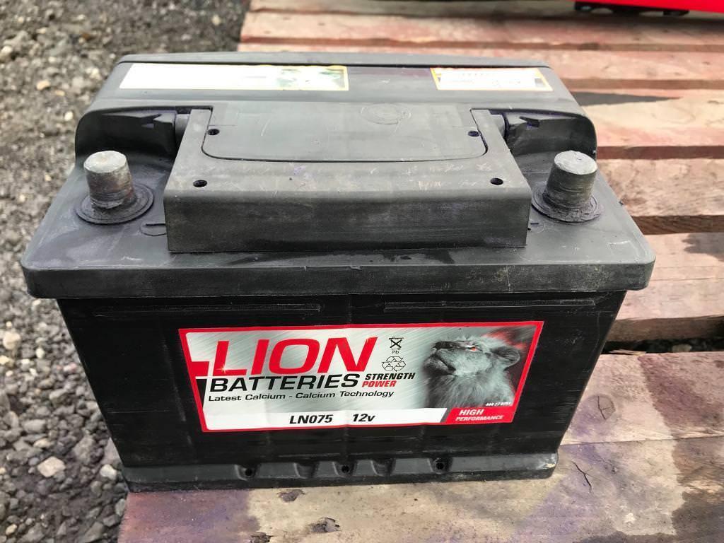 lion ln075 car battery used in rotherham south. Black Bedroom Furniture Sets. Home Design Ideas