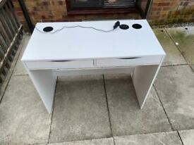 USB speaker desk with drawers