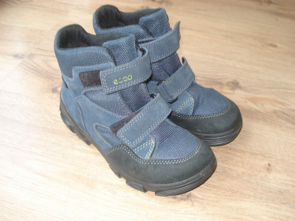 Boys winter Ecco shoes