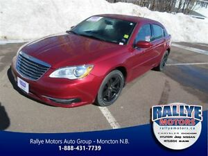 2013 Chrysler 200 LX, 57 KMs, EXT Warranty! Trade-In!