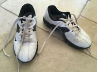 Nike golf shoes sz 3.5