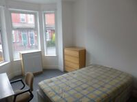 Refurbished 5 bedroom property - Furness Road - IDEAL LOCATION - 1st July - STUDENTS/PROFESSIONALS