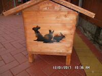 rabbit or cat hut