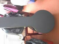 Richwood banjo with Kinsman hard carry case