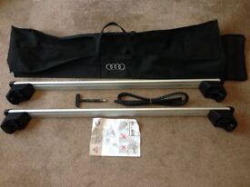 Genuine Audi Q5 roof bars with accessories. Complete set and not separate components as Thule