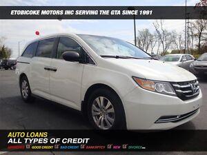 2015 Honda Odyssey SE / 8-PASSENGER / BACK-UP CAM