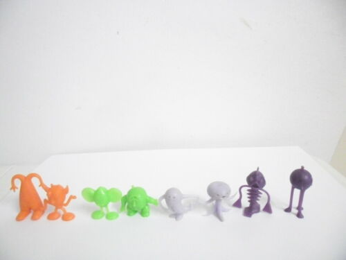 R&L Cereal Toy Crater Critters set of 8 two of each colour Kellogg