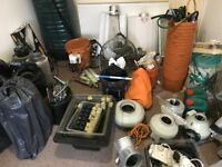 Complete Hydroponic 12 Pot Multi Feed Grow System, Lights, Ballasts, Fans, Pots