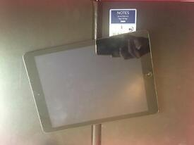 iPad Air (like new)