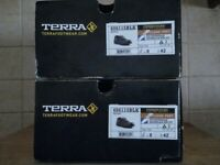Terra Spider Safety Trainers - Model 60611 - Black - Size 8-UK / 42-EU - Brand New