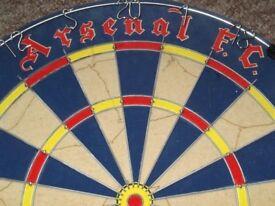 Winmau Dartboard (Arsenel FC Gunners) New/Boxed.