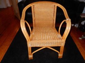 CAN DELIVER Lovely Wicker Rattan Chair Armchair Arm Nice Detail Well made