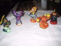 Skylander figurers and portal bundle