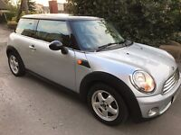 NEW SHAPE MINI COOPER 11 MONTHS MOT SERVICE HISTORY CHILLI PACK WITH AIRCON AND BOOST CD KEYLESS GO